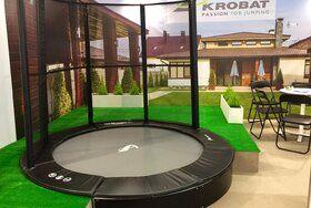 Akrobat Primus professionele trampoline Flat to the Ground 430 cm met premium beschermrand grijs