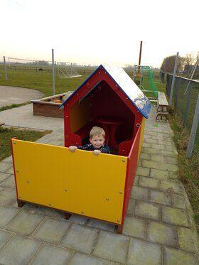 Professioneel kunststof speelhuisje met veranda