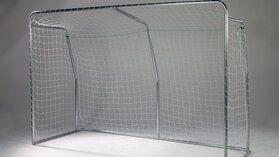 Twee gegalvaniseerde voetbaldoelen groot & penalty trainingswand