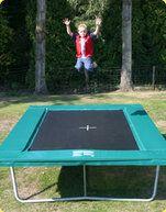 12 Springs Hawai Extra trampoline op poten 332 x 254 cm met premium beschermrand groen Groen