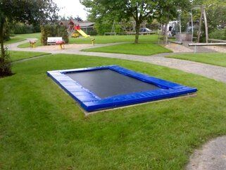 12 Springs Rekrea Bouncer trampoline Extra Blauw inground met hardhouten bekisting 28 mm Blauw